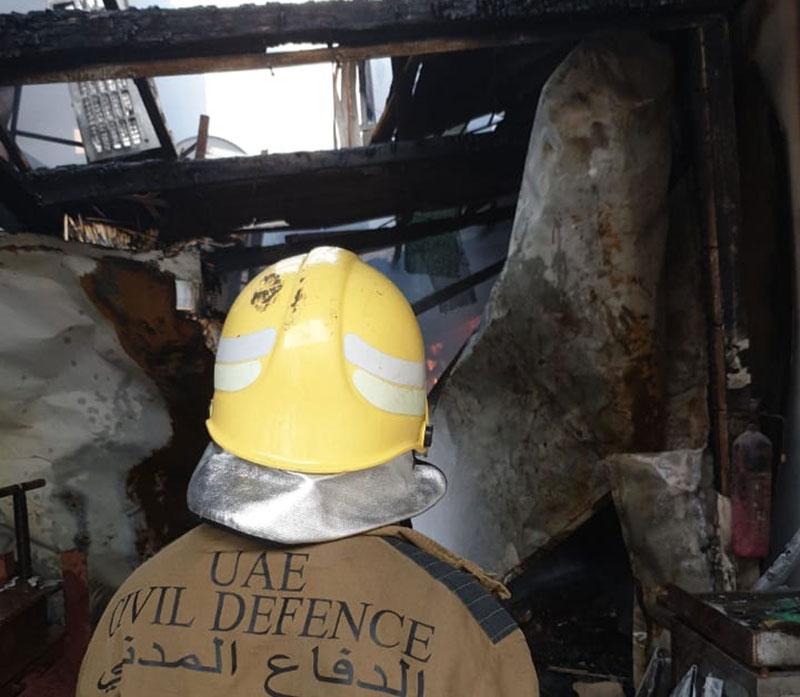 حريق في مستودع المواد الكرتونية والخشبية بعجمان