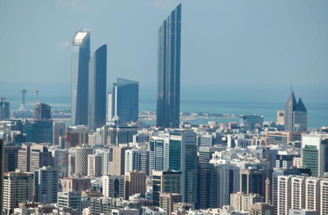 تشيسترتنس: استمرار انخفاض معدلات المبيعات والإيجارات في أبوظبي