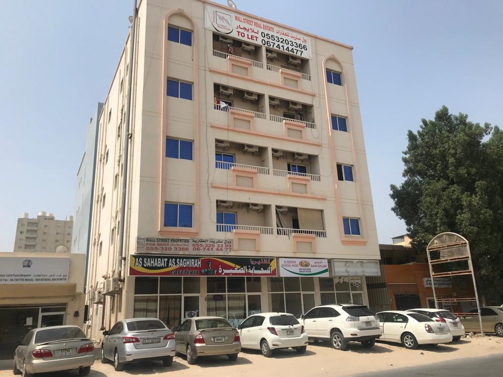 حاملا آيباد.. وفاة طفل سقط من الطابق الرابع لبناية في عجمان