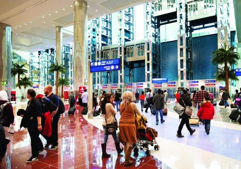 مطار دبي يتصدر القائمة من حيث حركة المسافرين