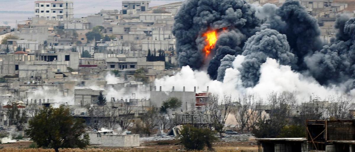 مقتل 5 بينهم صحفي بقصف النظام وروسيا على إدلب