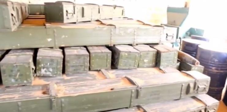 ضبط أسلحة ومعدات إماراتية ومصرية في راس لانوف