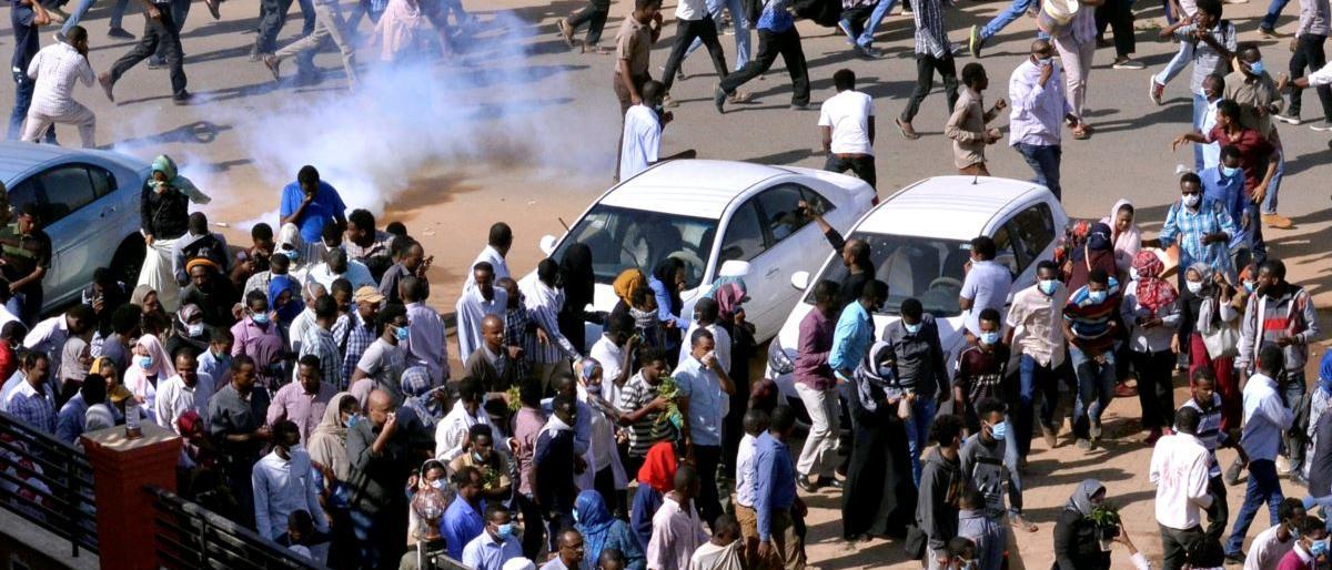 816 سودانياً اعتقلوا خلال الاحتجاجات التي تضرب البلاد