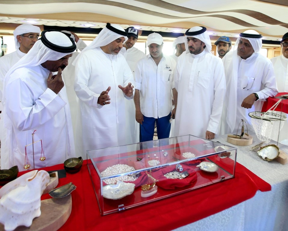 100 مليون درهم قيمة معروضات نوادر اللؤلؤ فى دبي