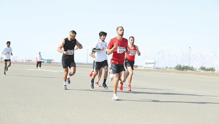 سباق العين الأول للجري.. «تفوق وإبداع»