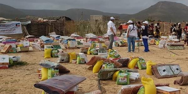 الكويت تعلن عن تسيير 14 شاحنة إغاثة لليمن الخميس المقبل
