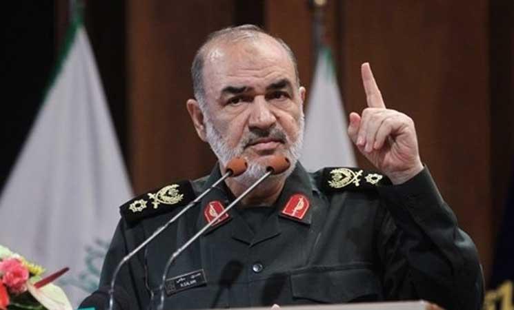الحرس الثوري الإيراني يحذّر الإمارات والسعودية