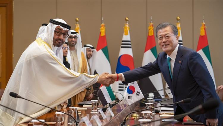 محمد بن زايد يختتم زيارة إلى كوريا الجنوبية