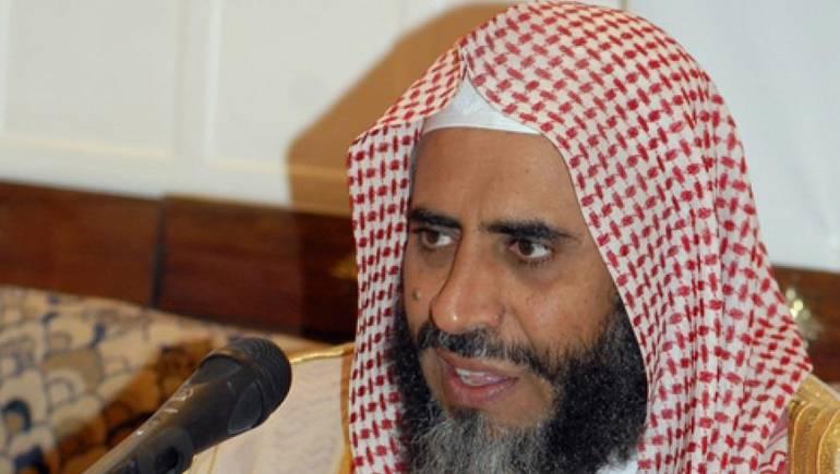 أنباء عن تدهور صحة الداعية عوض القرني في سجون السلطات السعودية