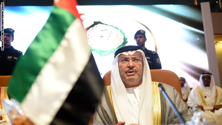 قرقاش: الإمارات تشترط اعتذارًا رسميًا لإنهاء الخلاف مع الصومال