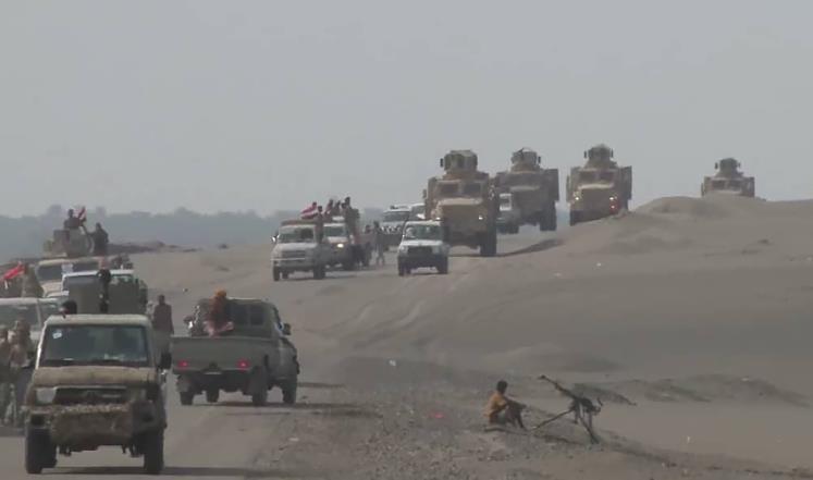 مسؤولون أمريكيون: الحوثيون قصفوا بارجة إماراتية فأحرقوها!
