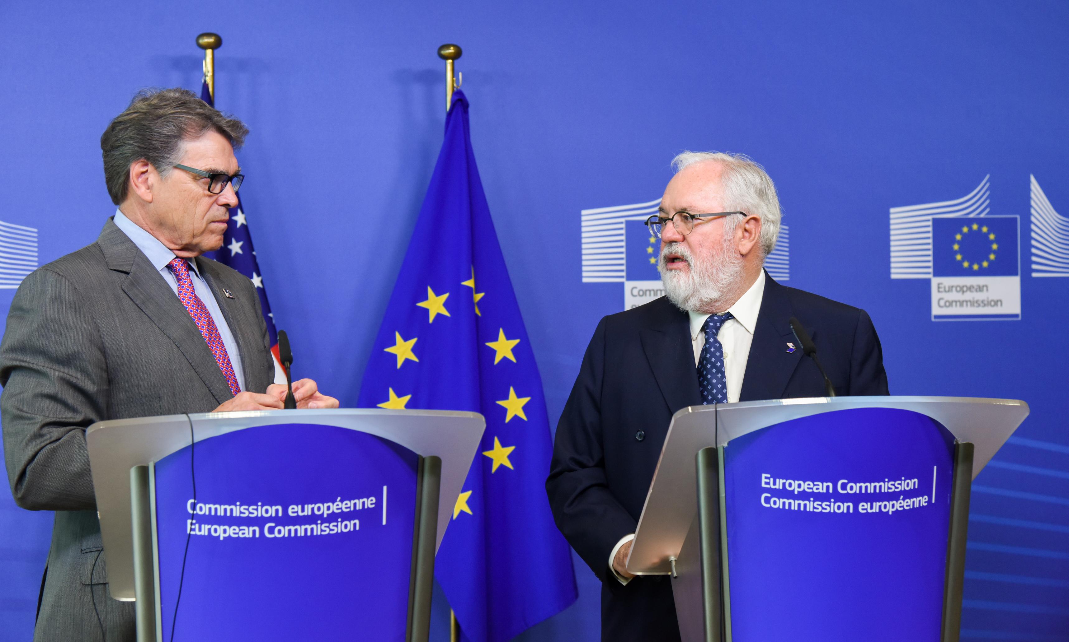 الاتحاد الأوروبي يؤكد التزامه الصارم بالاتفاق النووي مع إيران