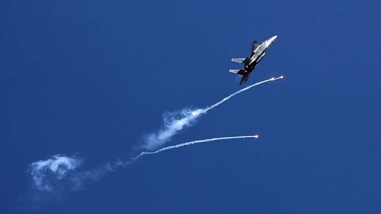 إسرائيل تهدد بحرب واسعة على غزة إذا لم يتوقف إطلاق البالونات