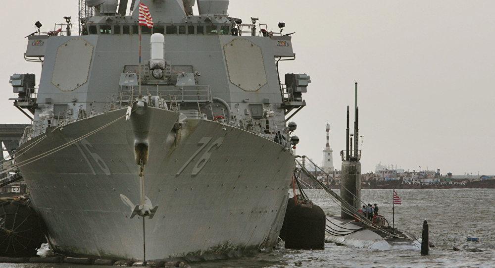 مواجهة بين الحرس الثوري والبحرية الإماراتية جراء تهريب النفط الإيراني