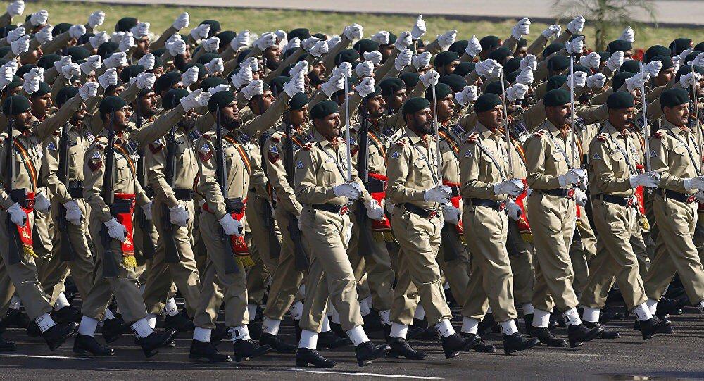 باكستان تمنح الجيش الضوء الأخضر للرد على أي عدوان هندي