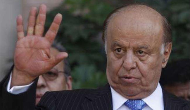 وزير يمني يلمح إلى احتجاز الرئيس هادي ويدعو للتظاهر من أجل عودته