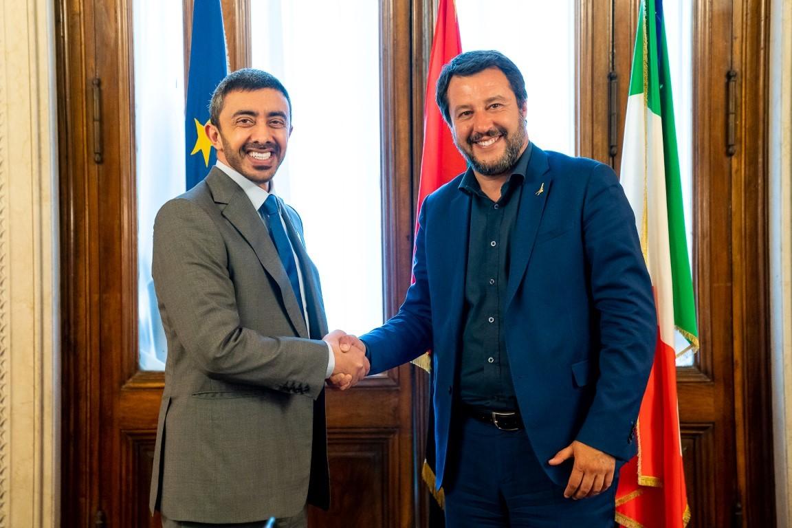 يعادي الإسلام بشدة.. رسالة من محمد بن زايد إلى وزير الداخلية الإيطالي