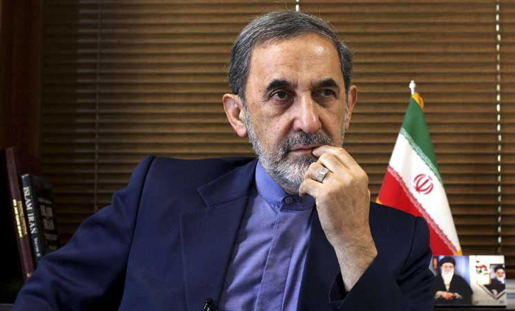 كبير مستشاري خامنئي يرفض عرضاً أمريكياً للقاء زعماء إيرانيين