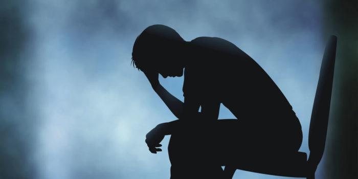 دراسة: الاكتئاب يرتبط بانخفاض مادة مسؤولة عن حرق الدهون بالجسم