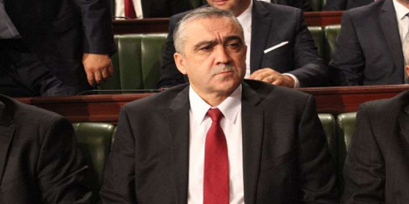 «عُمرة» وزير الداخلية التونسي تثير جدلا بعد لقائه مع الملك سلمان