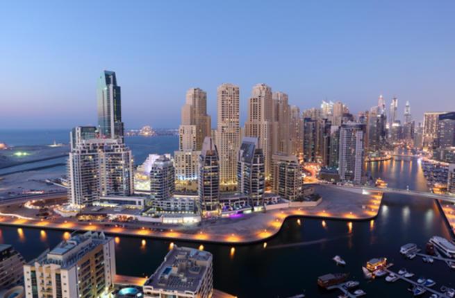 توقعات متشائمة.. فوربس: أزمة ديون بالمليارات تلوح بالأفق في دبي