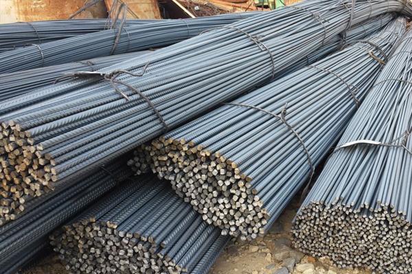 ارتفاع أسعار الإسمنت والحديد في أبوظبي خلال يونيو
