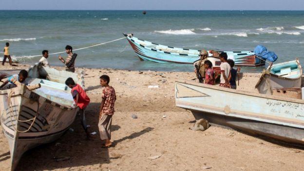 صحيفة بريطانية: المهرة اليمنية تختنق بالمعاناة بسبب الحصار السعودي