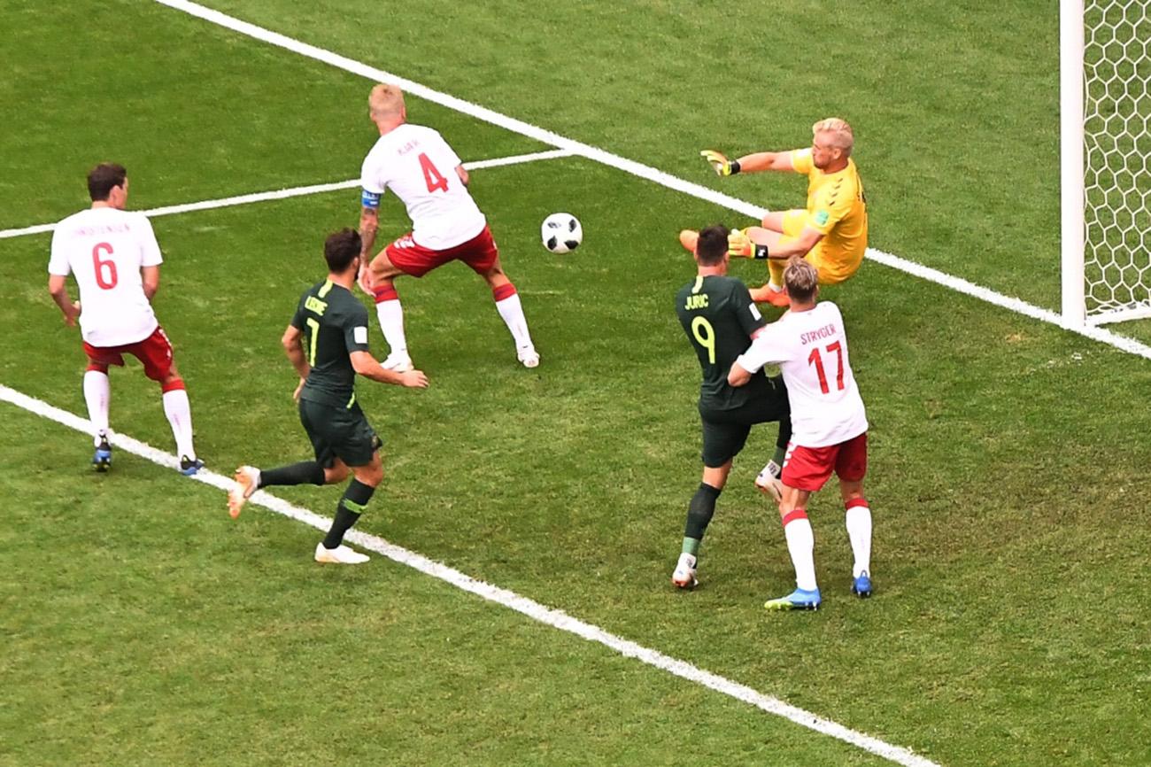 منتخب الدنمارك يتعادل مع أستراليا ويفشل في حسم تأهله
