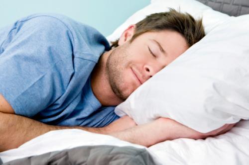 للحصول على نوم هادئ.. احرص على تناول 5 أطعمة وتجنّب أربعة أخرى