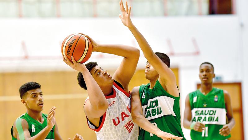 الجزيرة يسجل أول انتصار من بوابة الوحدة في دوري السلة