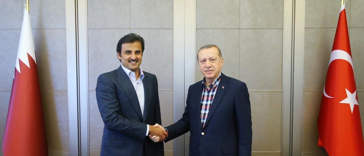رسالة دعم.. أمير قطر في أنقرة لأول مرة بعد الخلاف التركي الأمريكي