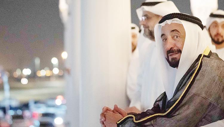 حضور حاكم الشارقة رغم غيابه عن لقاء أبوظبي.. التساؤلات والدلالات!