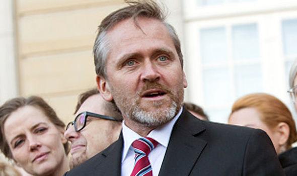 الدنمارك تعلق تصدير الأسلحة للإمارات.. والعفو الدولية ترحب