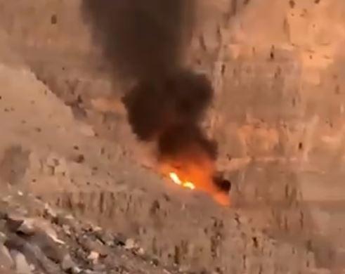 حاكم رأس الخيمة يأمر بالتحقيق في سقوط طائرة ومقتل طاقمها