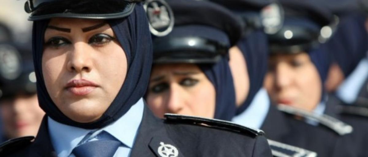 بغداد تنشر شرطة نسائية لحماية الطالبات من التحرش