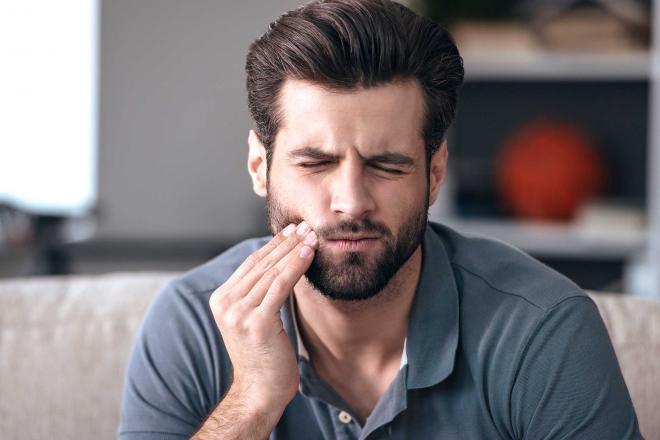 4 أسباب لأوجاع الأسنان غير التسوس.. تعرف عليها