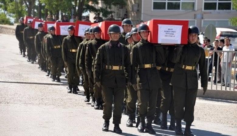 الدفاع التركية تعلن مقتل أربعة جنود  في هجمات شنها مسلحون أكراد