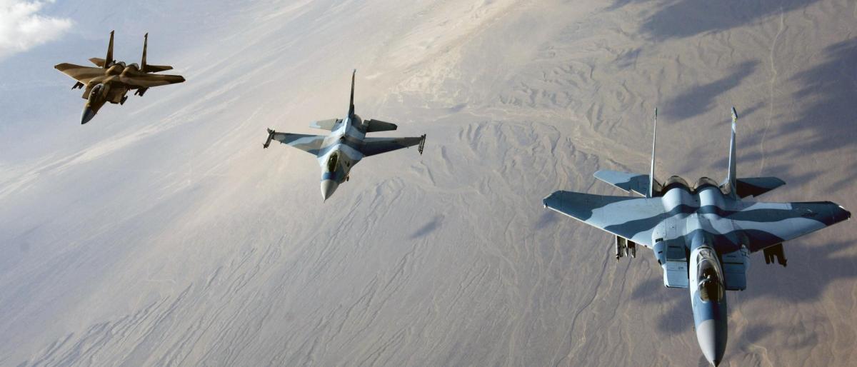 مقتل 25 من داعش وتدمير نفق بقصف للتحالف شمال العراق