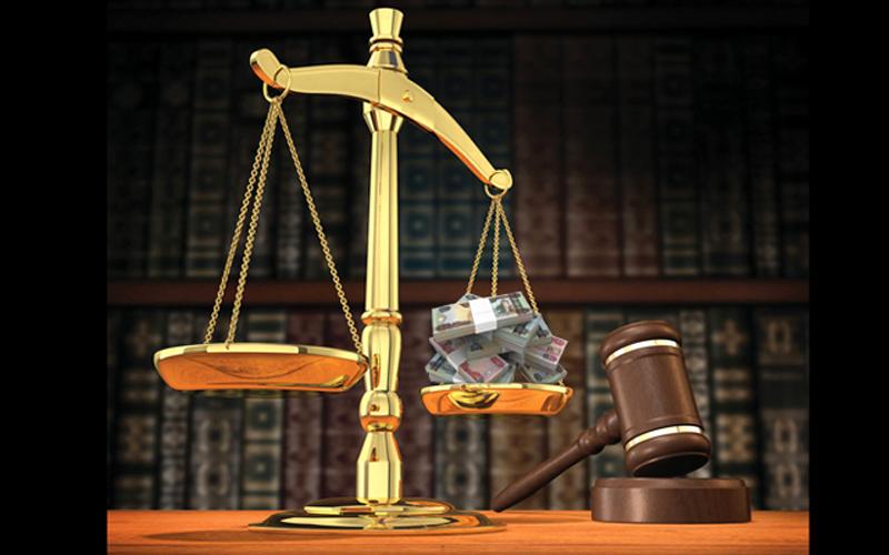 دبي.. الحكم على مدير بنك اختلس 26 مليوناً بالسجن 5 سنوات