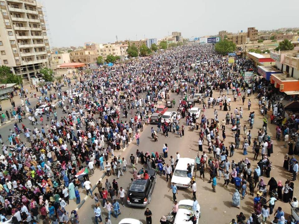 الصحة السودانية: 7 قتلى و181 مصابا خلال تظاهرات الأحد