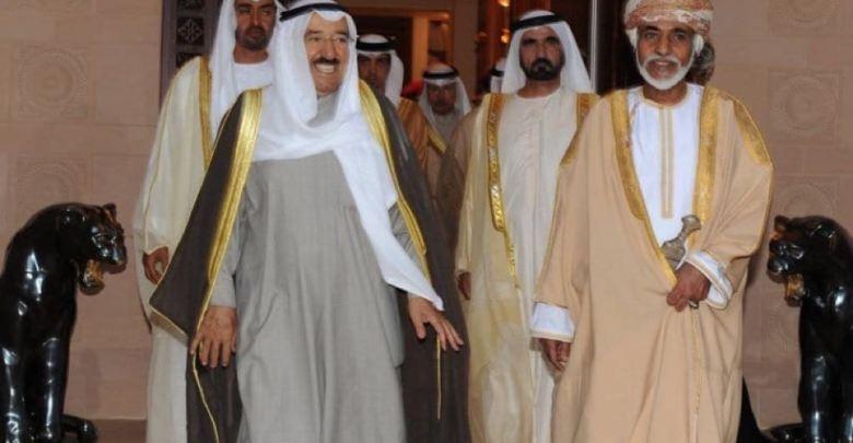 مستشار عماني يتطاول على حكام الدولة!