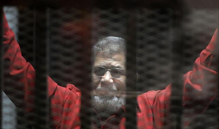 تقرير بريطاني: مرسي يواجه خطر الوفاة المبكرة