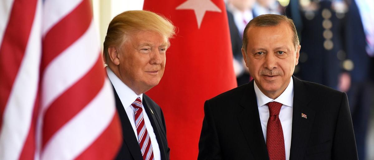 فورين بوليسي: على أمريكا وتركيا العمل لمنع كارثة إنسانية في إدلب