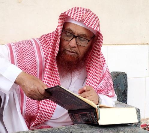 أنباء عن وفاة الشيخ العماري بسجون السلطات السعودية