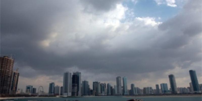 توقعات الأرصاد: طقس غائم مع فرصة لسقوط أمطار خلال الأيام المقبلة