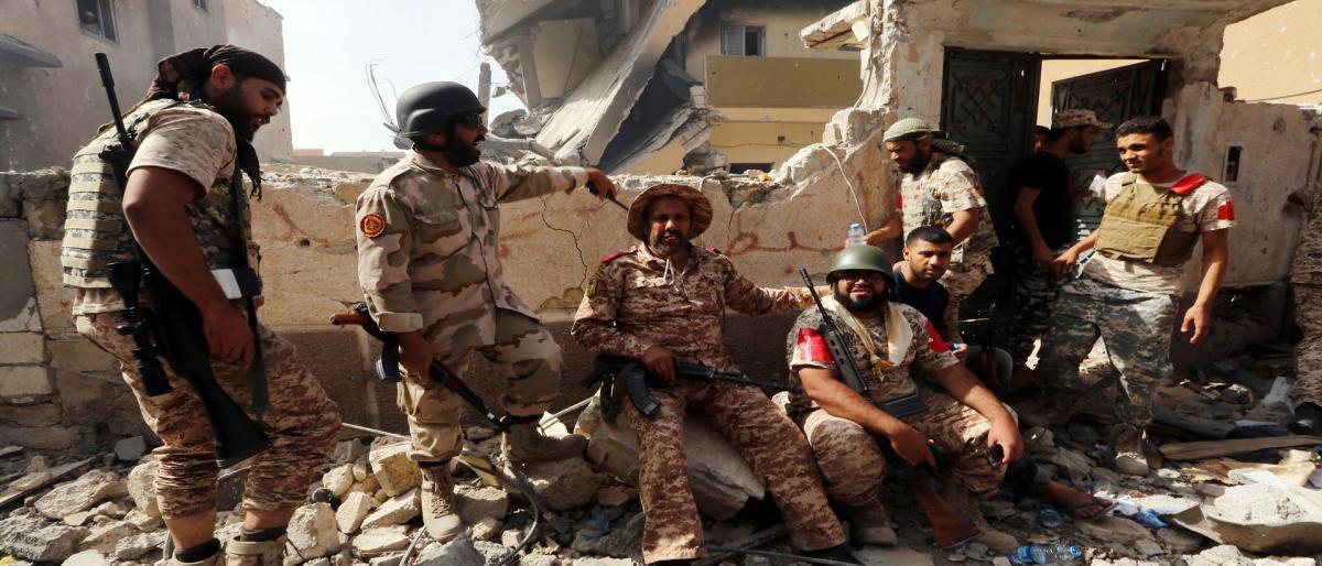 10 قتلى باشتباكات استمرت يومين في طرابلس الليبية