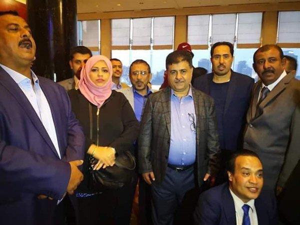 بضغوط من أبوظبي.. القاهرة ترجئ مؤتمرا لائتلاف داعم لـهادي