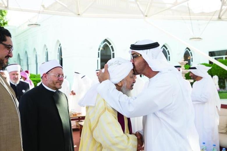 فورين بوليسي:  كيف تستخدم أبوظبي والرياض الإسلام لصالحهما؟