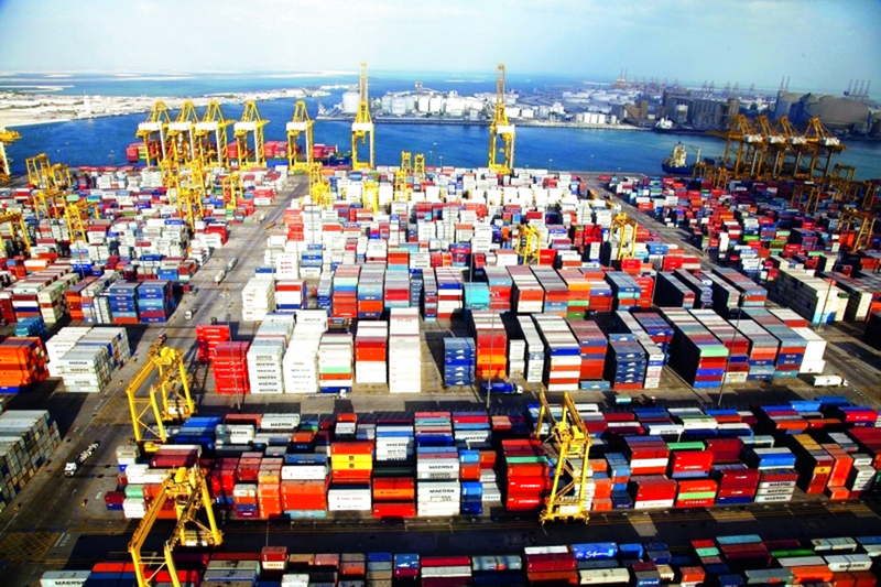 تجارة أبوظبي غير النفطية ترتفع 5% في نوفمبر الماضي