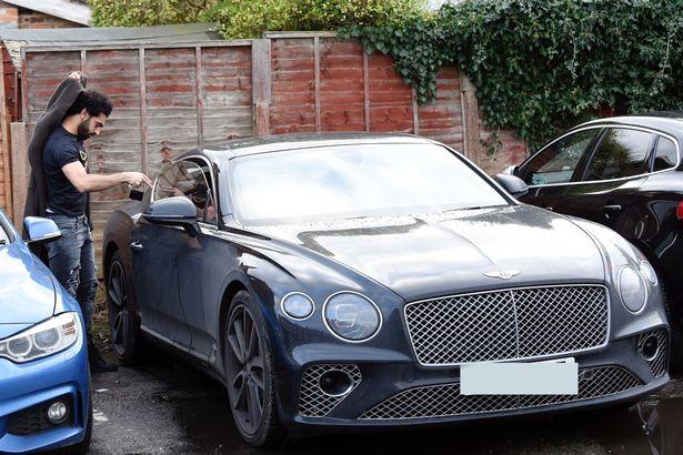 صحيفة بريطانية تكشف حجم ثروة نجم ليفربول محمد صلاح